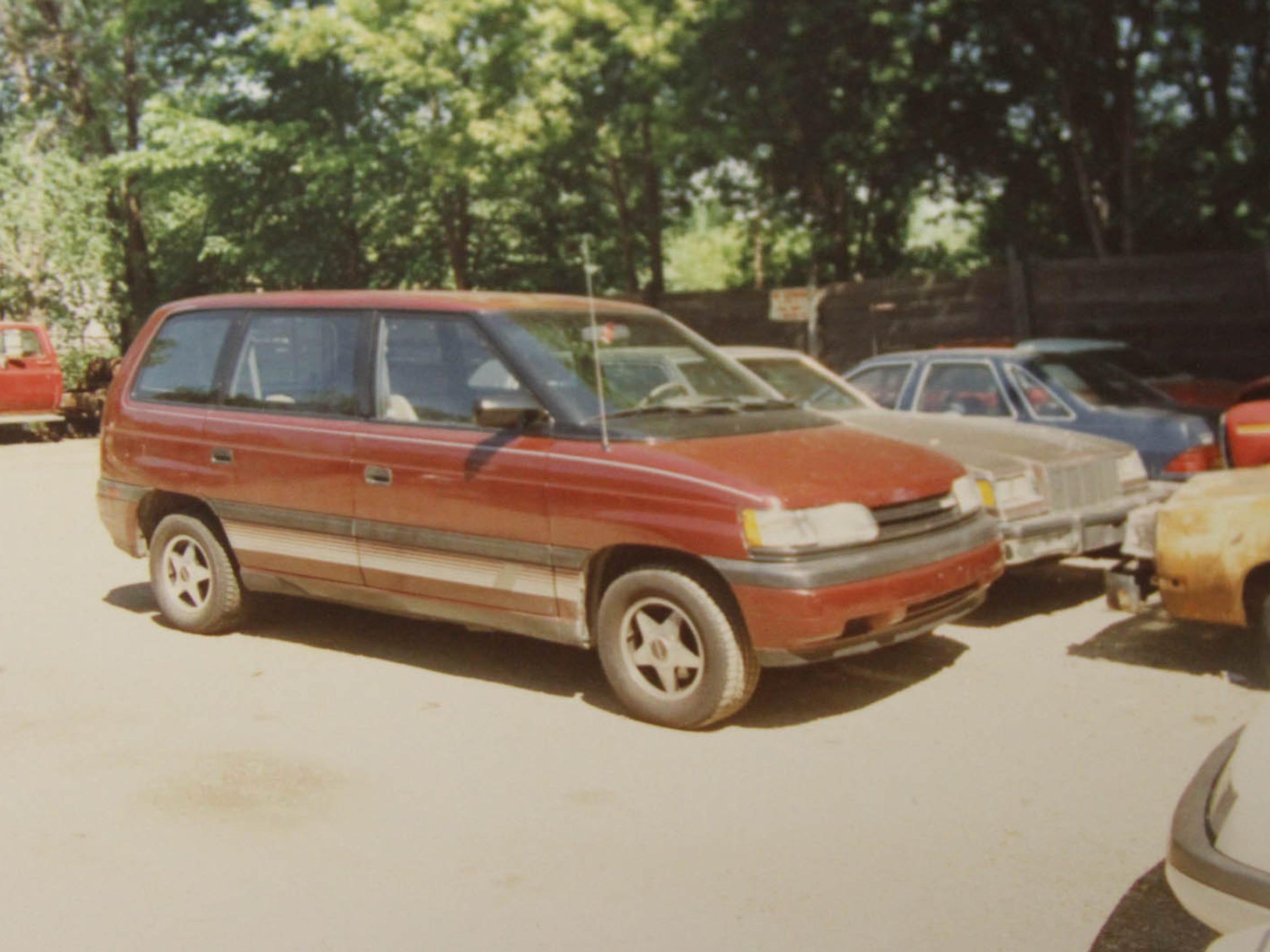 similar vehicle seen with.jpeg