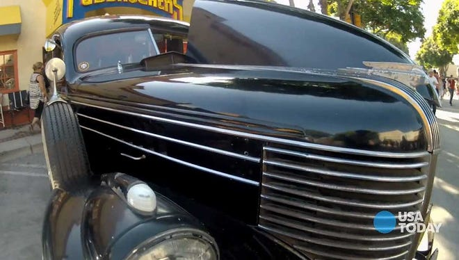 Greg Carter's 1938 hearse at the recent Downtown Burbank Car Show.