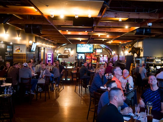 Mr B's in Royal Oak fills up during a trivia night