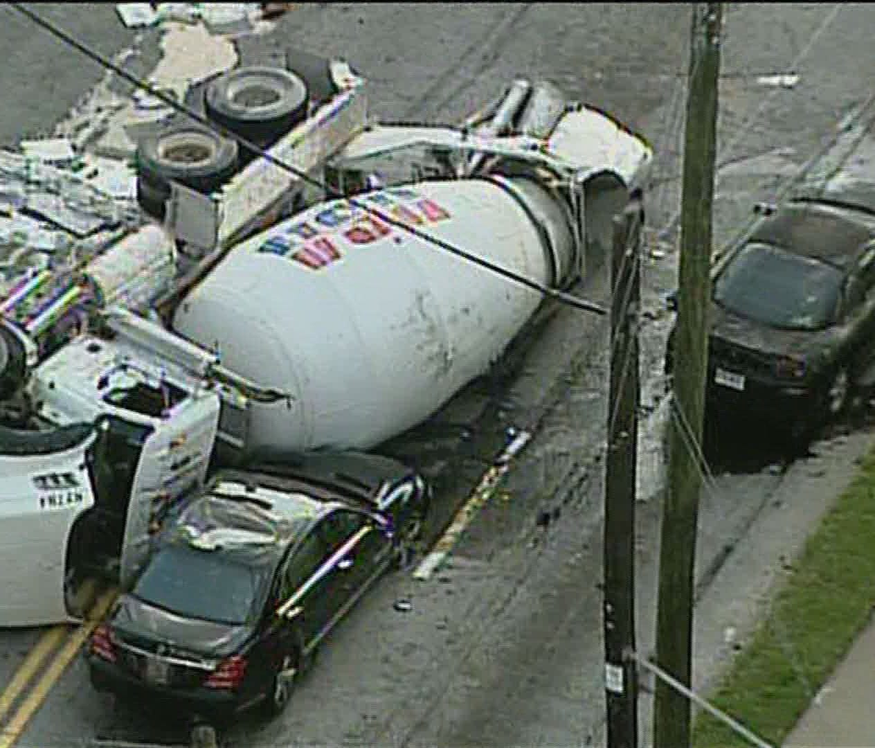 2nd wreck in one week for cement company in Young crash | News ...