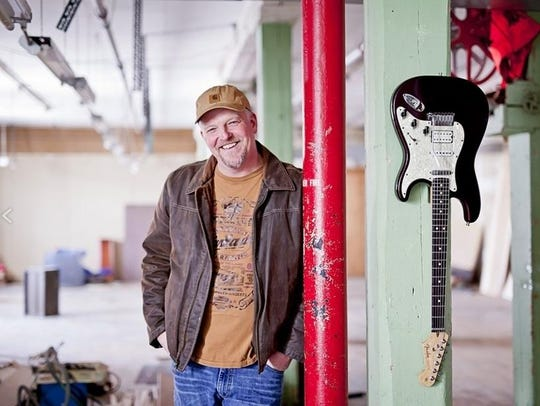 Albert Cummings performs Friday at the Center for the