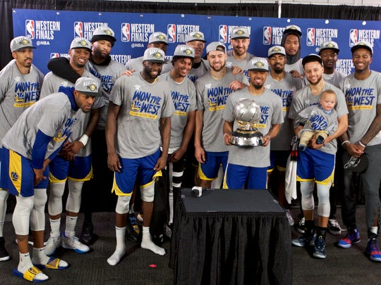Warriors_Trail_Blazers_Basketball_32749.jpg
