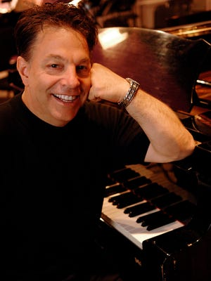 """Steve Lippia performs the timeless classics of Frank Sinatra at MSO's pop concert series """"Simply Sinatra."""""""