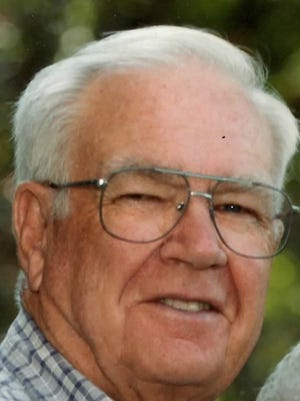 Donald Crawford 90, a resident of Davenport, formerly of Ft. Collins passed away Thursday April 2nd, 2015 at Crest Health Care, Davenport, surrounded by his loving family.