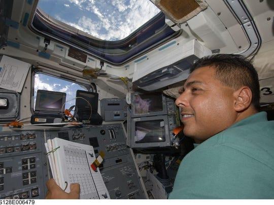 482505main Jose space lg.jpg