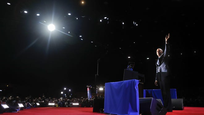 President Barack Obama waves as he takes the stage to speak during his farewell address at McCormick Place in Chicago, Tuesday, Jan. 10, 2017. (AP Photo/Pablo Martinez Monsivais)