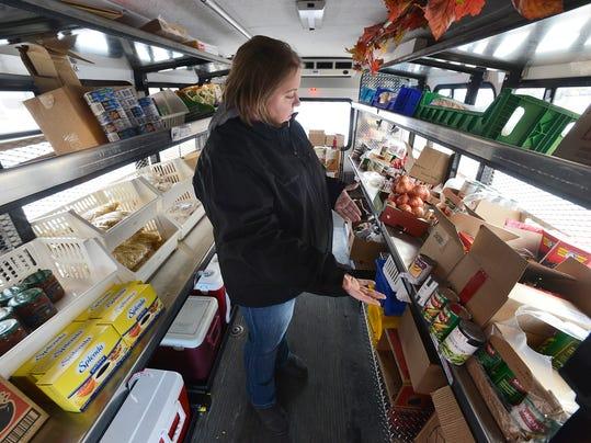 STC 1114 Mobile Food Shelf 1.JPG