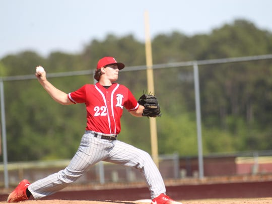 Leon's Paul Cunningham was efficient over five innings