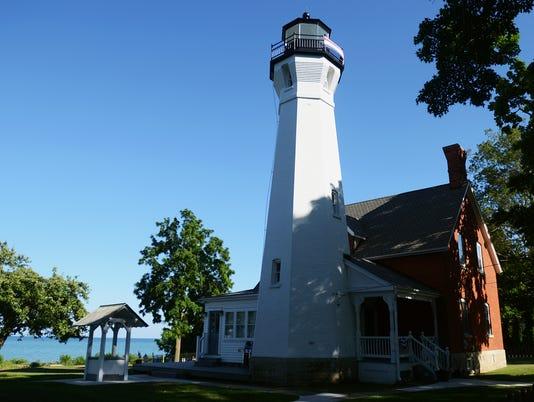 636359902977360565-lighthouse1.jpg