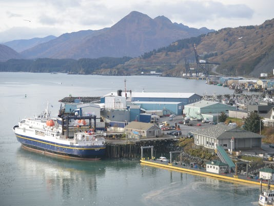 636594949698326094-MV-Tustumena-docked-in-downtown-Kodiak.JPG