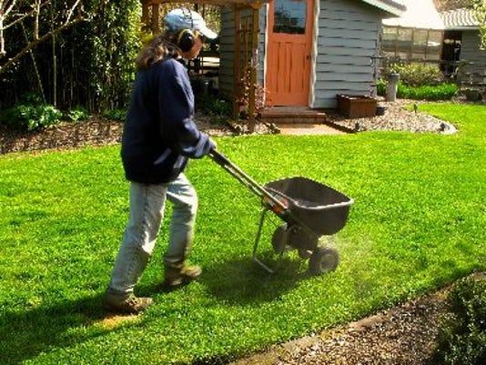 AP_Gardening-Lawn_Care_Basic.jpg