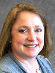 Sarah Feiser joins ROCK Commercial Real Estate as an