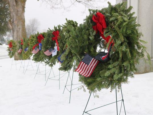 2_Wreaths