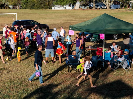St. Mark's United Methodist Church partners with Reeves-Rogers Elementary for inaugural fall fest.