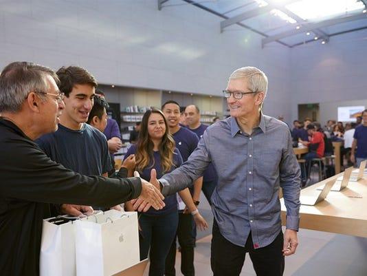 apple-q3-earnings-preview_large.jpg
