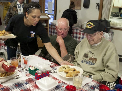 Sheboygan veterans treated to a monthly night out for Vfw fish fry