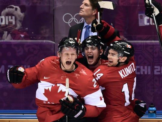 Sochi_Olympics_Ice_Hockey_Men_RYR123_WEB864207