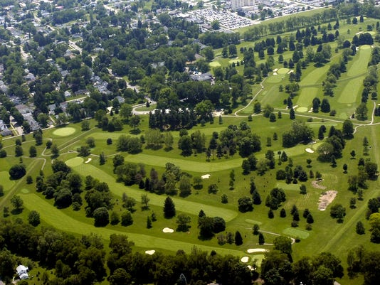 moundbuilders country club great octogon earthworks stock art