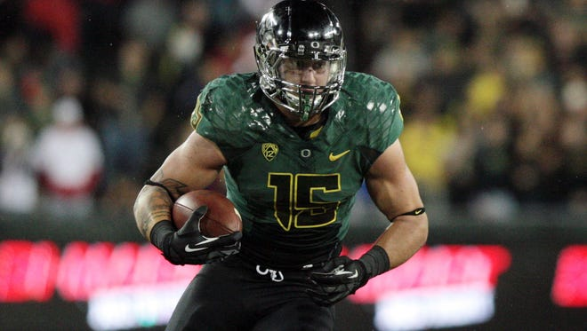 Former Oregon tight end Colt Lyerla was arrested Wednesday in Eugene and charged with unlawful possession of cocaine and interfering with a police officer.