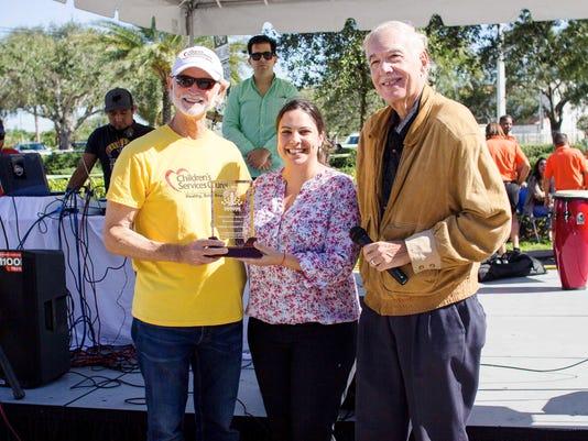 0419-JCNW-Award-to-Children-s-Services-Council-El-Sol-Fest-42-002-.jpg