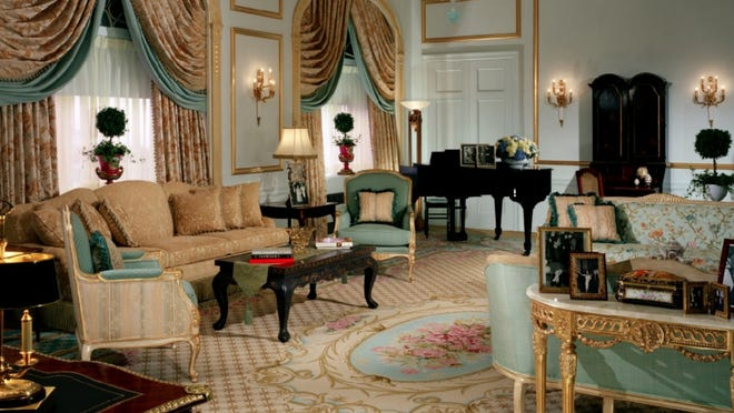 The Silver City Galleria mall is hosting the auction of 15,000 pieces of furniture and decor from the historic Waldorf Astoria hotel in New York City.