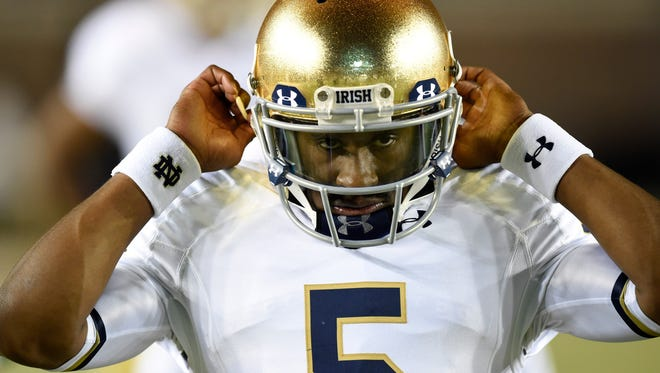 Notre Dame Fighting Irish quarterback Everett Golson (5) during warmups before the game against Florida State on Oct 18, 2014.