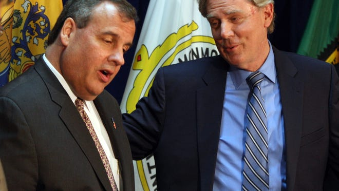 Gov. Chris Christie (left) and Rep. Frank Pallone at a press conference last week. (file photograph)