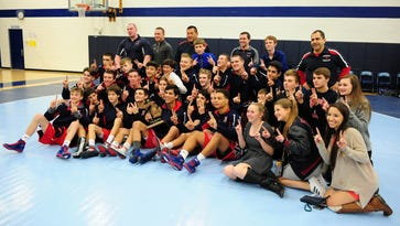 Pats, Rockets win team districts again