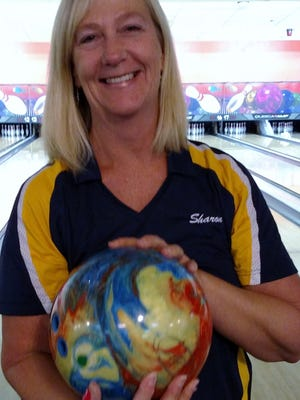 After 25 years, Sharon Dixon bowled her first 600 series with games of 223, 206 and 195 at Sunset.
