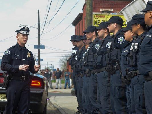-CHLBrd_08-11-2014_Daily_1_A009~~2014~08~08~IMG_police_1_1_FE864KHV_L4636361.jpg