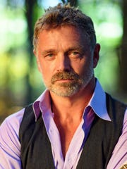 John Schneider will sing at the Hank Williams Museum in Montgomery, Ala., on Saturday.