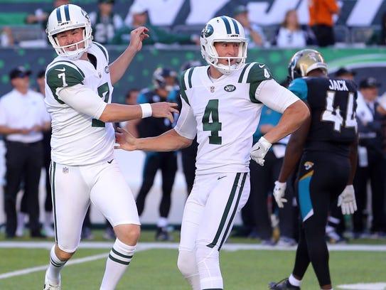 New York Jets kicker Chandler Catanzaro  celebrates