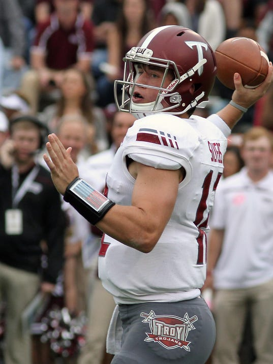 Mississippi State Quarterback Ankle >> Troy QB Silvers sparkles in return from injuries
