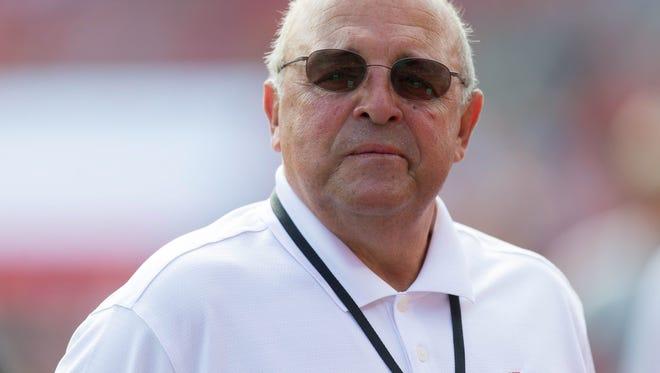 Wisconsin athletic director Barry Alvarez.