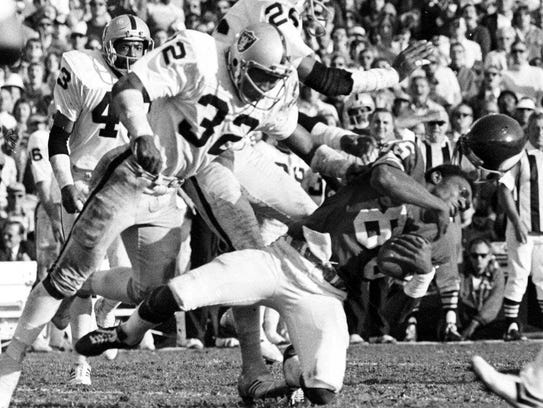 The Raiders' 32-14 victory in Super Bowl XI brought