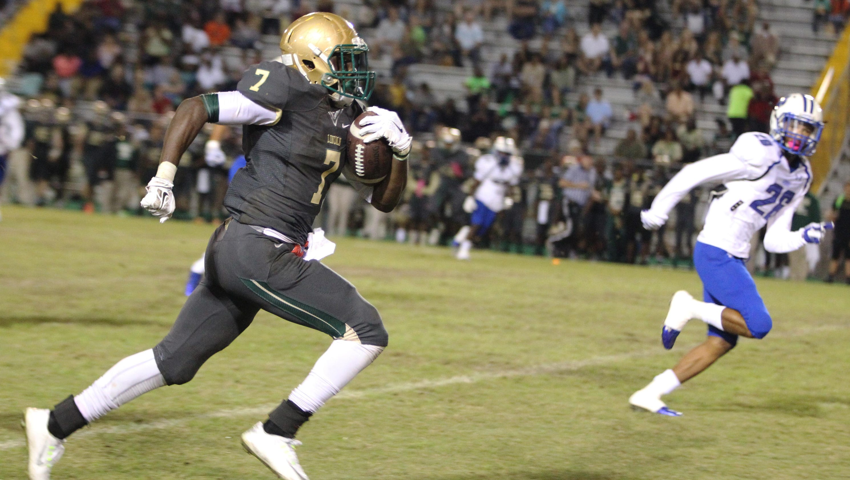 Henrilus 214 Yards 4 Td Powers Lincoln Past Godby