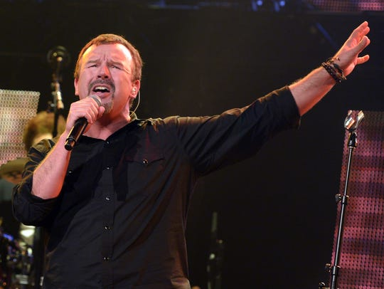 Mark Hall and the rest of Casting Crowns play Aug.