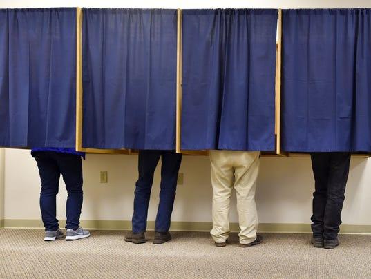 636269260714495512-DCA-0405-door-county-voting-4.jpg