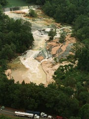 1996 file photo of contaminated Reedy River after Colonial Pipeline spill