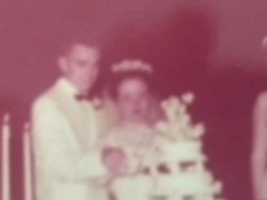 Anniversaries: Bob and Carolyn Dexter