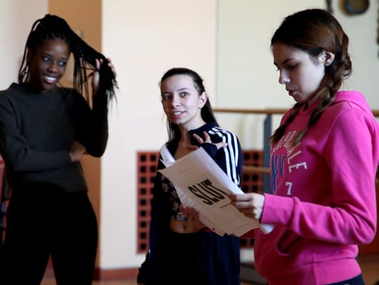 636601792940139315-slut-the-play-rehearsal-cast-close.jpg