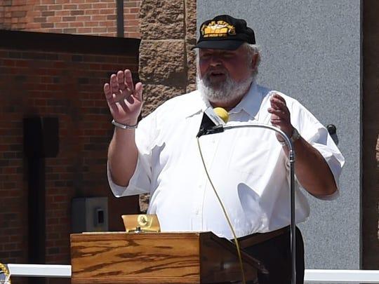 Vietnam veteran Ron Hayden talks about being assigned