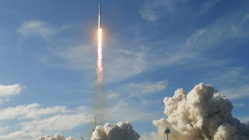 SpaceX gets closer to launching satellite broadband Internet service