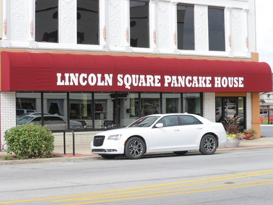 Lincoln Square Pancake House located on Main St. in