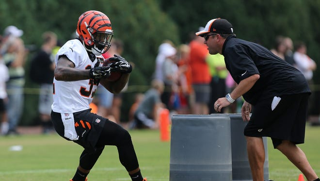 Jeremy Hill might get a shot to run with the first team Sunday.