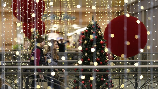 Mayfair Mall shoppers look for bargains on Black Friday (Nov. 25).
