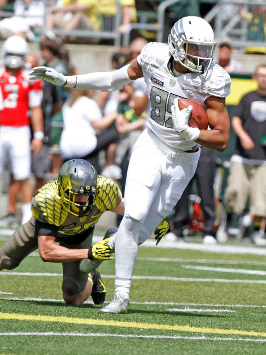 SAL0813-Oregon tight ends photo 1