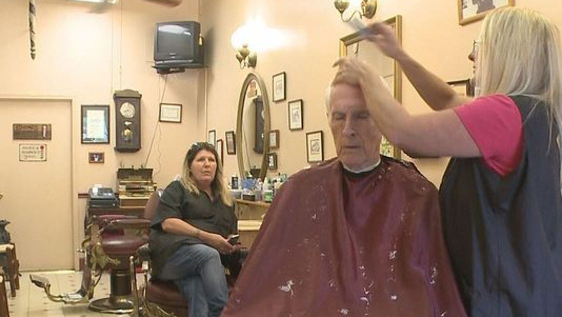 Old-time barbershop carries on family tradition
