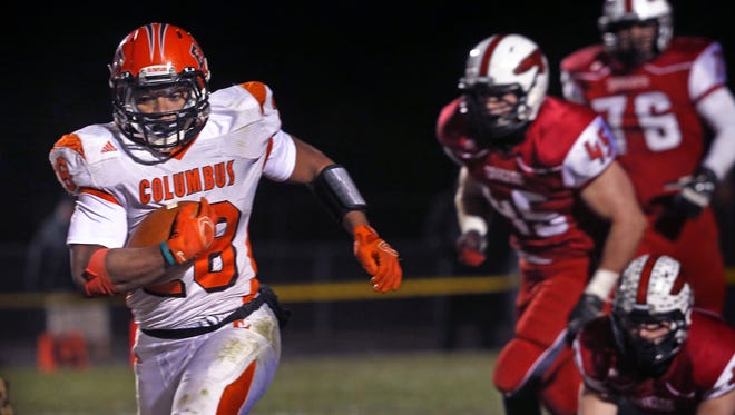 Columbus East RB and 2015 IndyStar Mr. Football Markell Jones signed with Purdue.