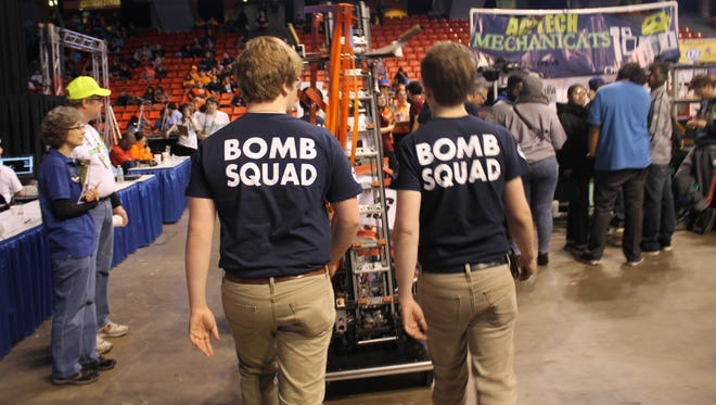 The Baxter Bomb Squad at Midwest Regional in Chicago on Friday.